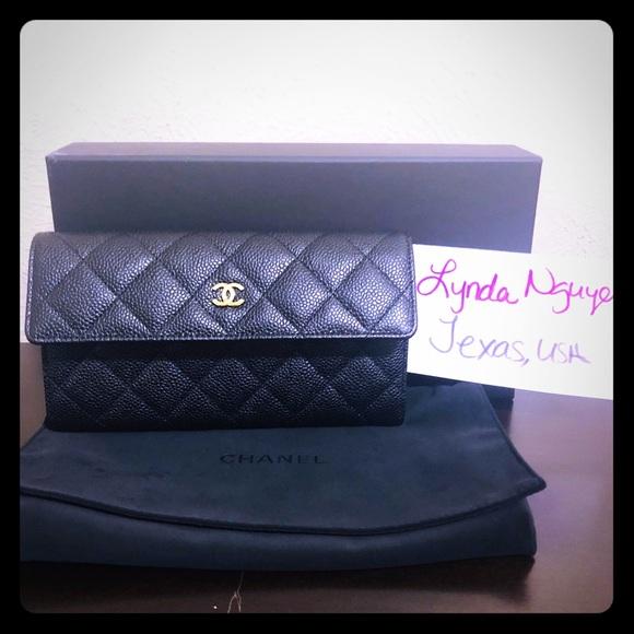 CHANEL Handbags - Chanel Black Caviar Wallet